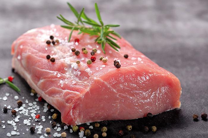 Comment bien choisir la viande de porc ? Roussaly sélectionne la meilleure viande de porc française.