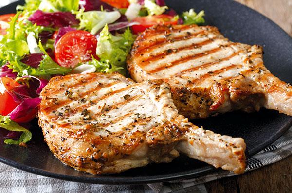 Recette cotelettes de porc à la sauge, viande de porc Roussaly