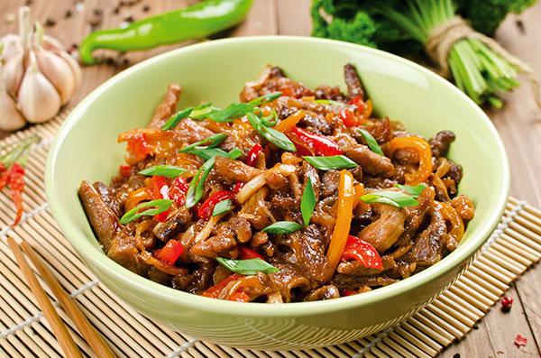Recette wok de porc aux légumes croquants, viande de porc Roussaly