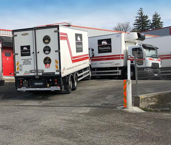 Le grossiste en viande de porc Roussaly possède sa propre flotte de camions afin de garantir le respect de la chaîne du froid.